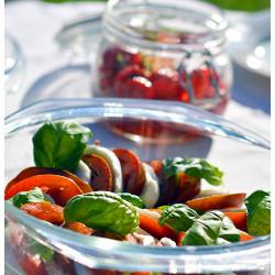 Salat tomatist ja mozzarellast